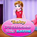 Baby Princess Mia Bathe